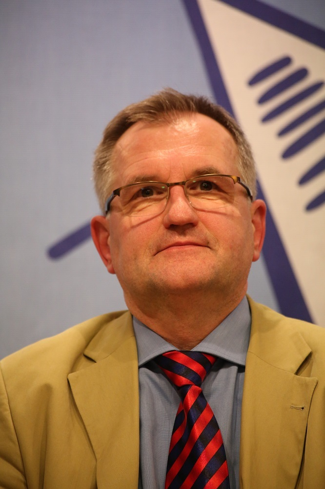 Dr. Andreas Püttmann
