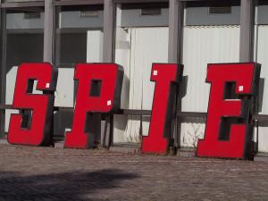 Abmontierte Lettern des Spiegel-Gebäudes, Foto: rauter25 / Flickr.com / CC BY NC 2.0